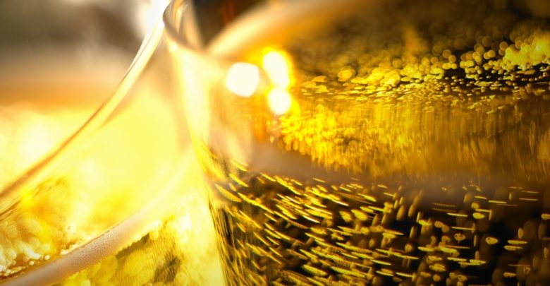 Dekantering af Champagne